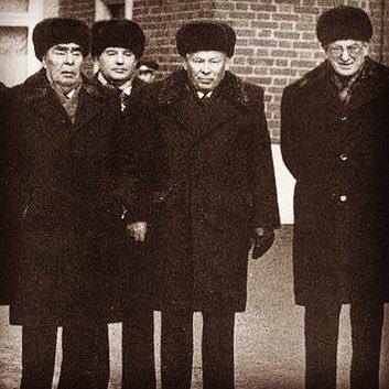 Брежнев, Горбачев, Черненко, Андропов, четыре генсека